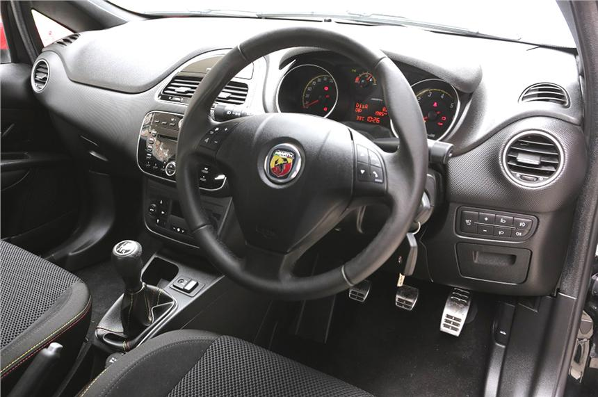 Fiat Abarth Punto Interior