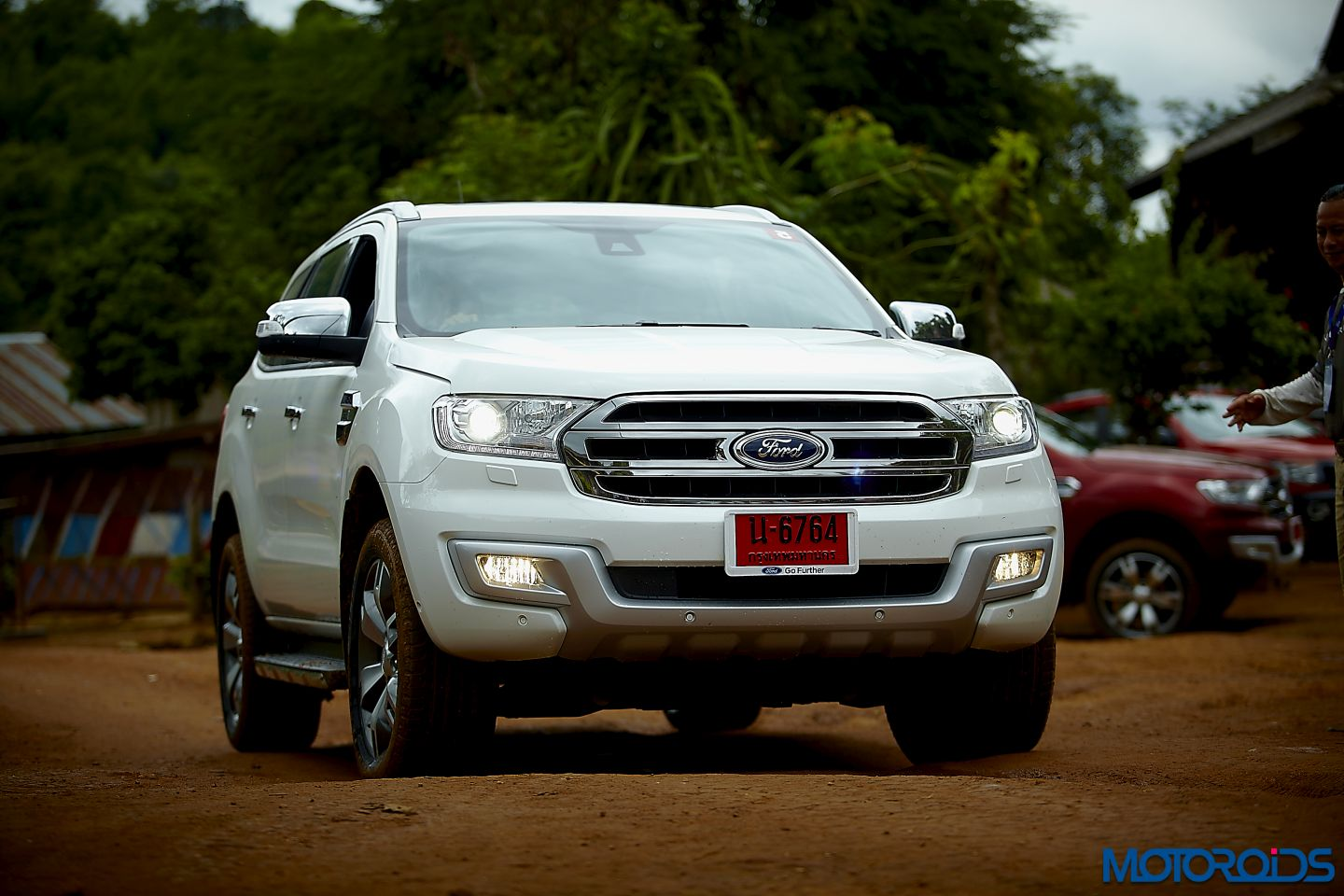 2015 New Ford Endeavour First Drive Review Burly Comeback Motoroids