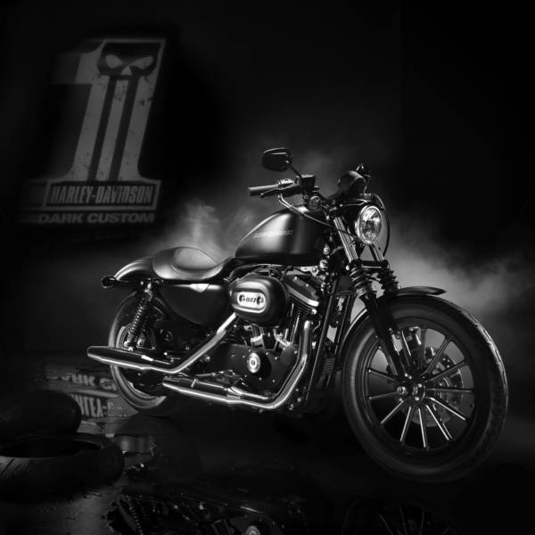 Harley-Davidson Dark-Custom
