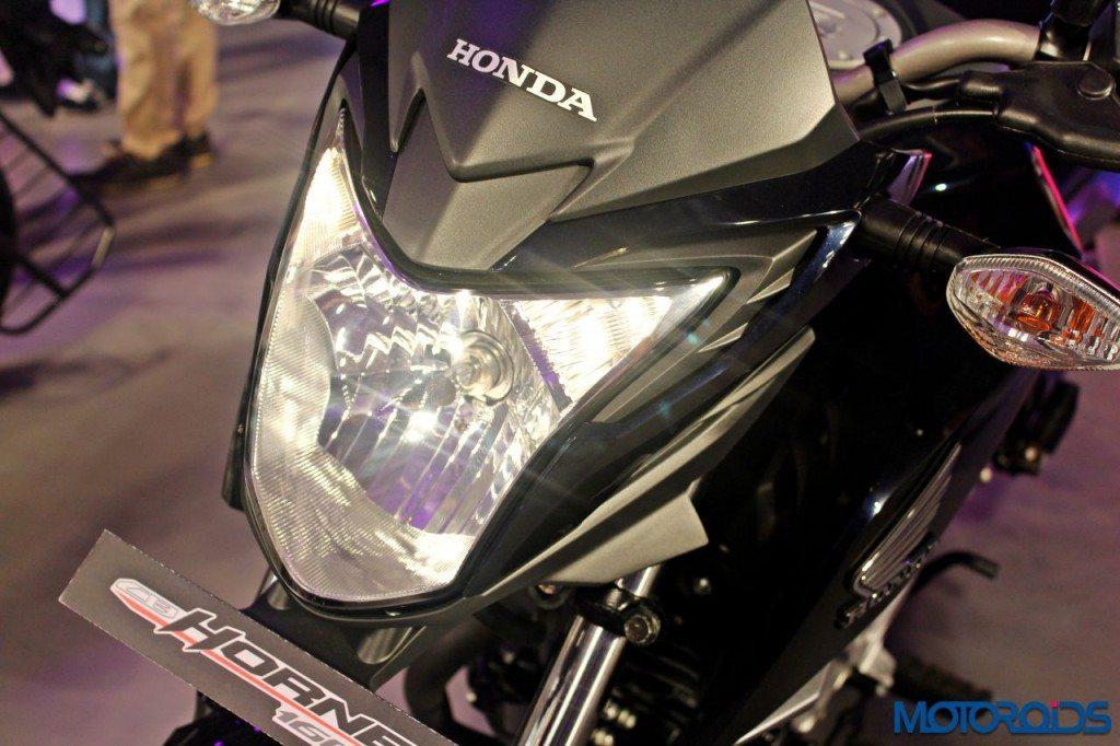 Honda CB Hornet 160 - RevFest 2015 (12)