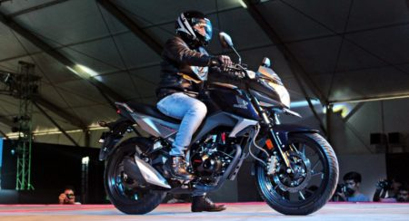 OFFICIAL: Honda CB Hornet 160R to be launched on December 10