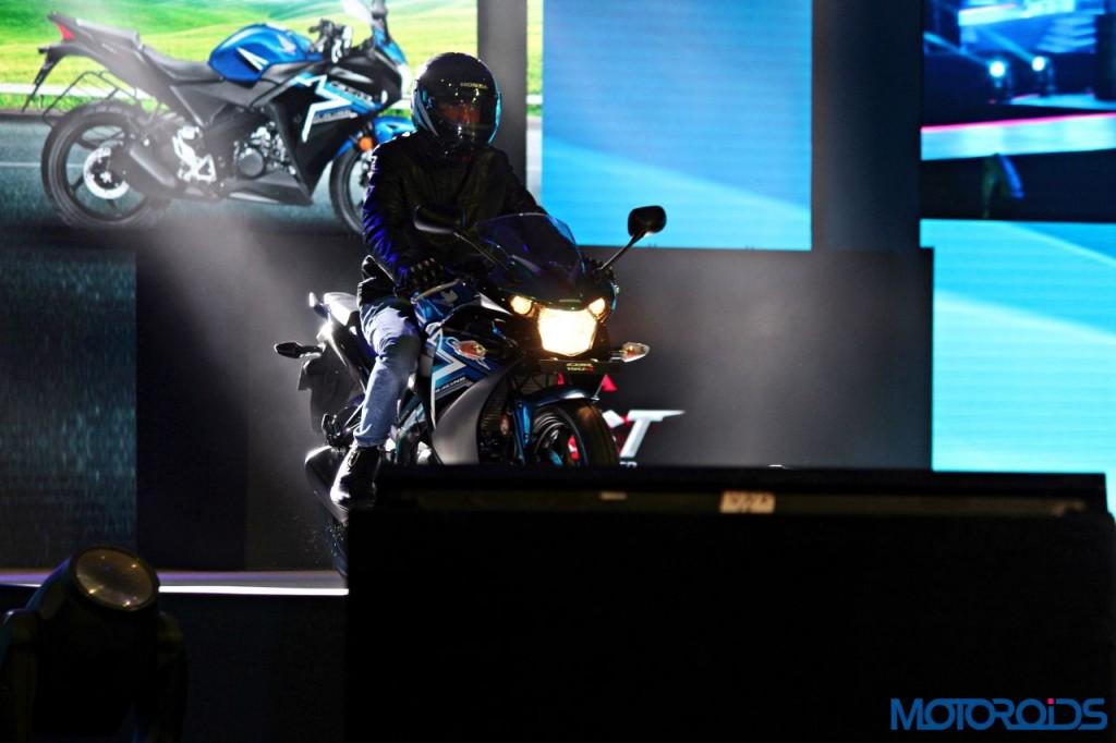Honda CBR150R - RevFest 2015 (1)