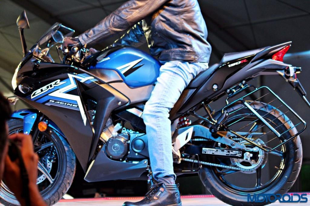 Honda CBR150R - RevFest 2015 (3)