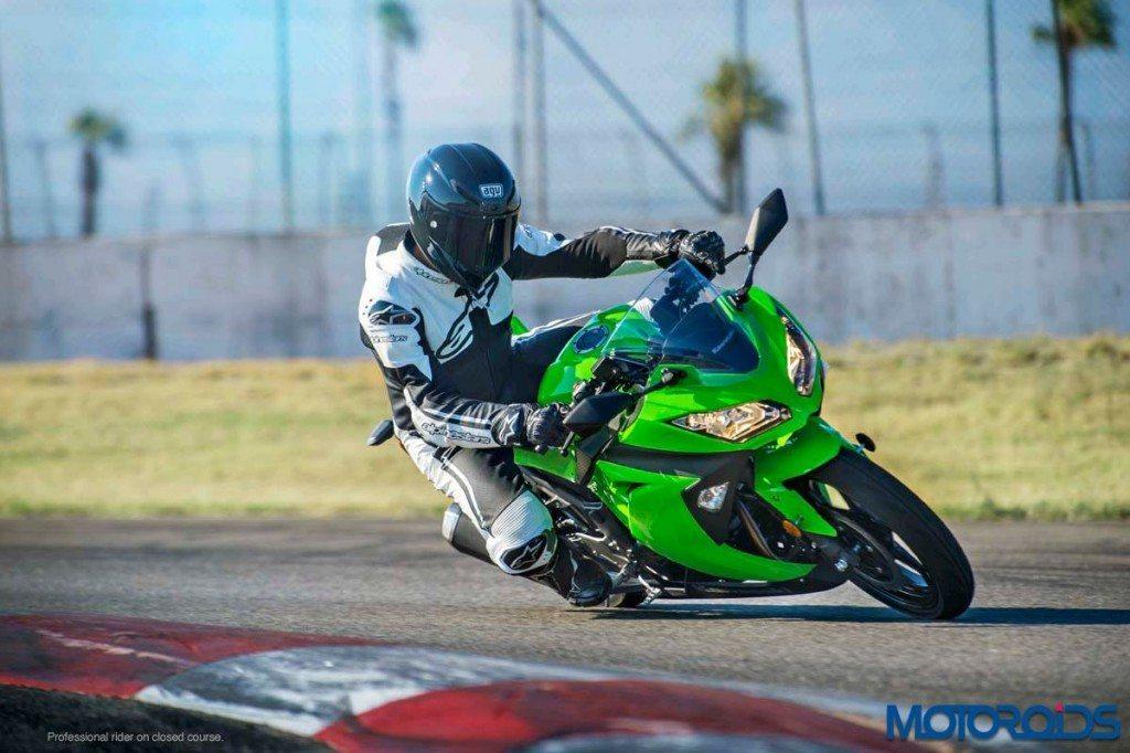 Kawasaki-Ninja-300 - 3