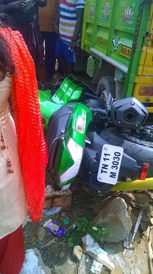Kawasaki Ninja ZX14R Crashed in Chennai - 3