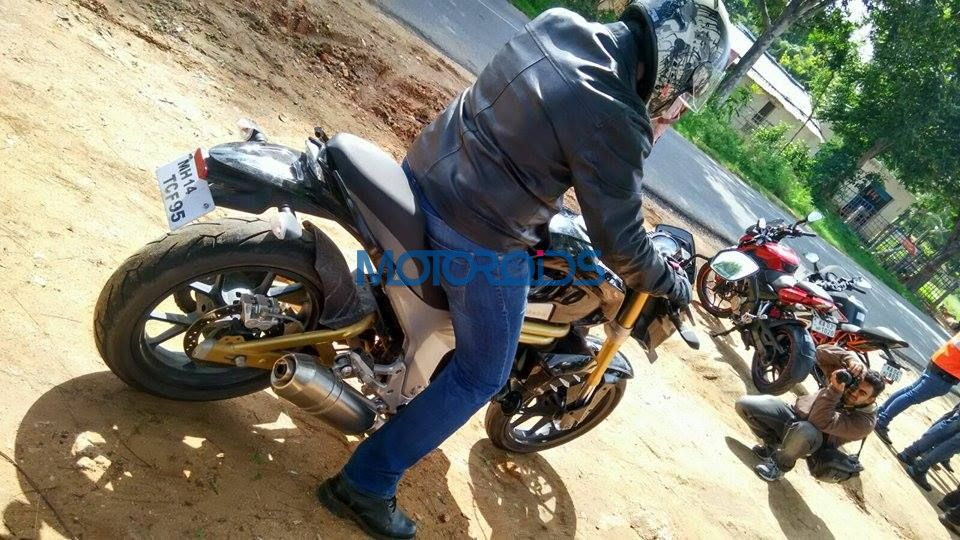 Mahindra Mojo Snapped - Exclusive (1)