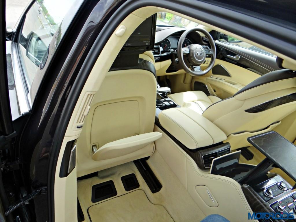 New 2015 Audi A8 L interior