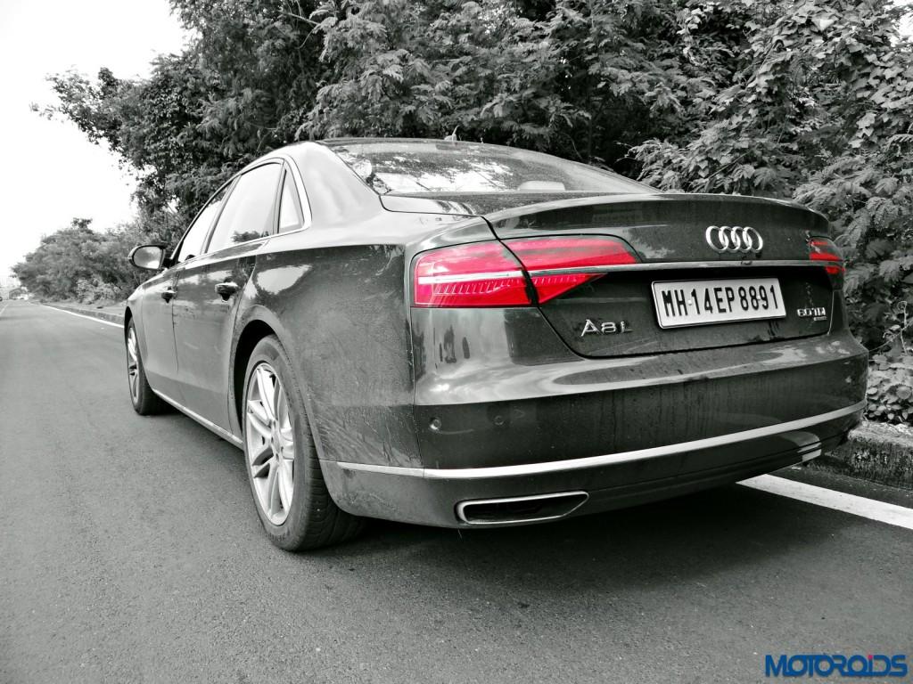 New 2015 Audi A8 L rear (1)