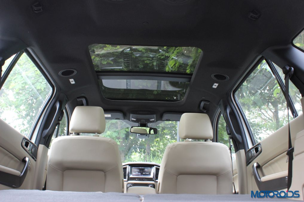 New Ford Endeavour Moon Roof (2)