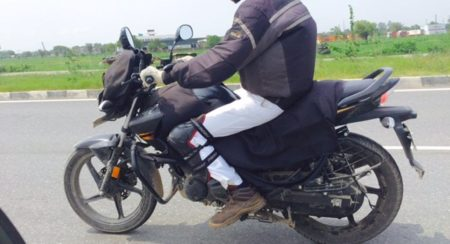 Updated Hero MotoCorp Hunk Spied - 2