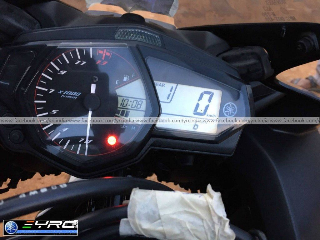 Yamaha YZF-R3 Spied before launch - 1