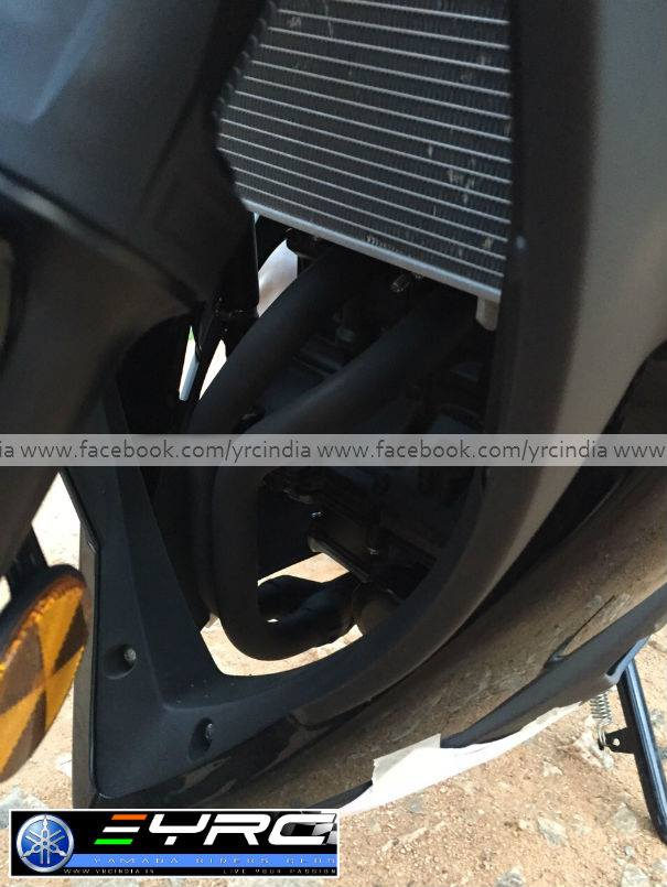 Yamaha YZF-R3 Spied before launch - 4