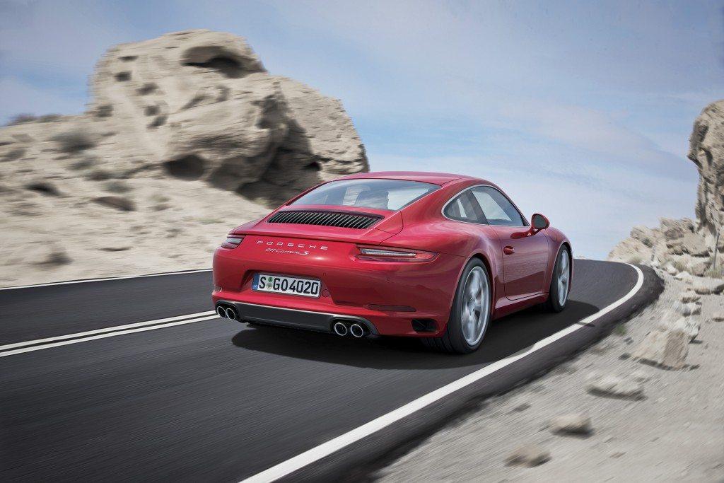 2016 Porsche 911 (13)