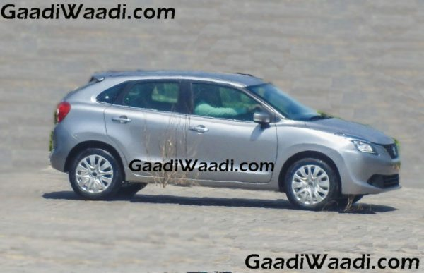 2016-Suzuki-Baleno-in-silver-side-view