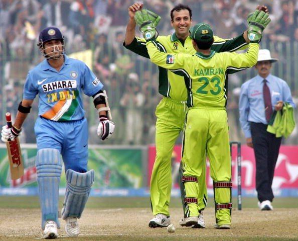 Arshad Khan - Pakistani Cricketer Turns Uber Cab Driver - 3
