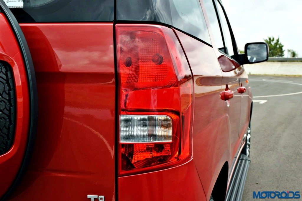 Mahindra TUV 300 India review (11)