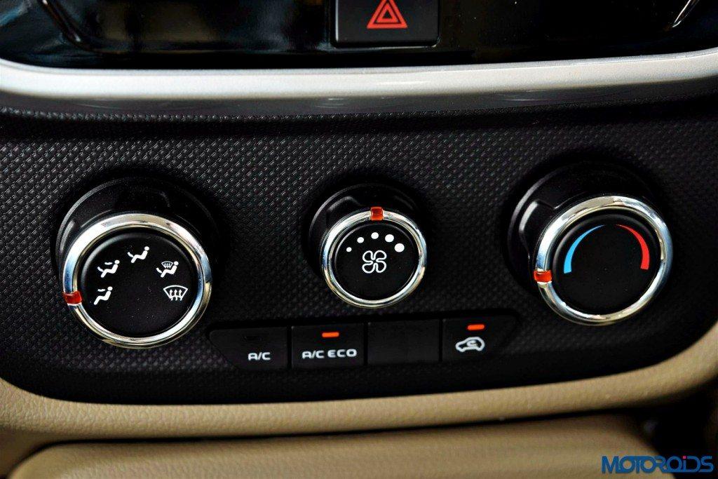 Mahindra TUV 300 ac controls (2)