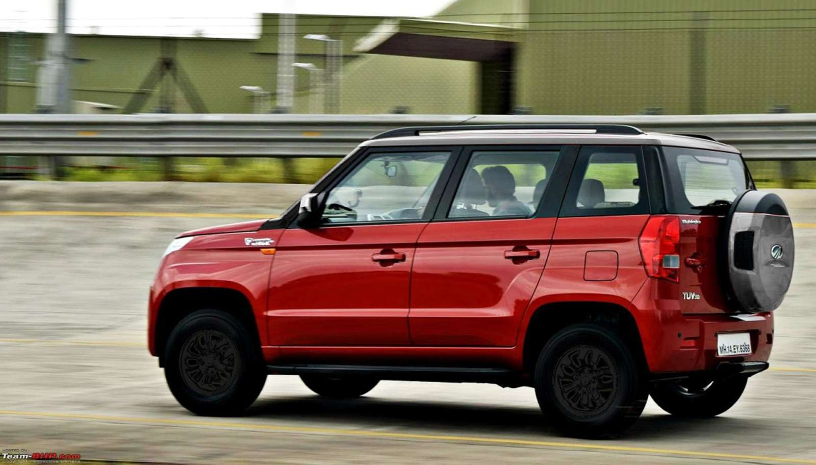 Paint Color 2017 Renders Mahindra Tuv300 Modifications That Make It Look