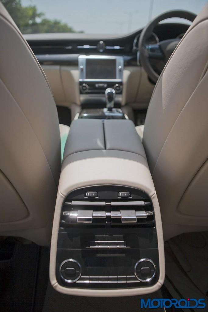 Maserati Quattroporte GTS rear AC vents