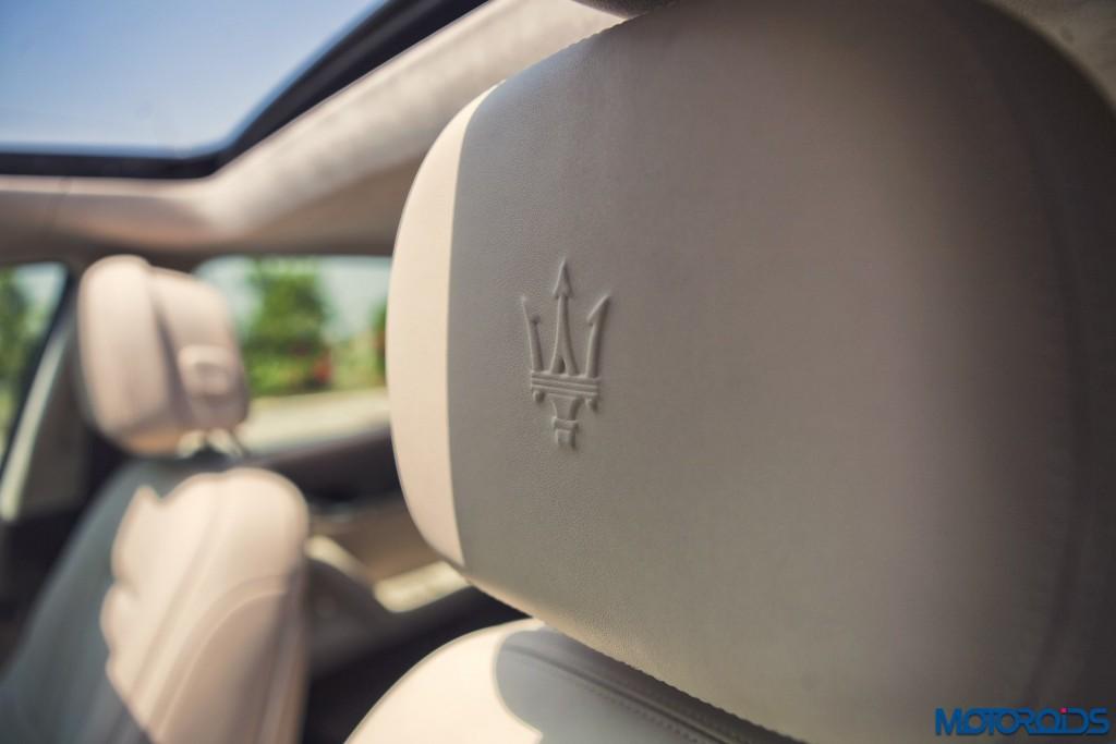 Maserati Quattroporte GTS seat headrests (1)