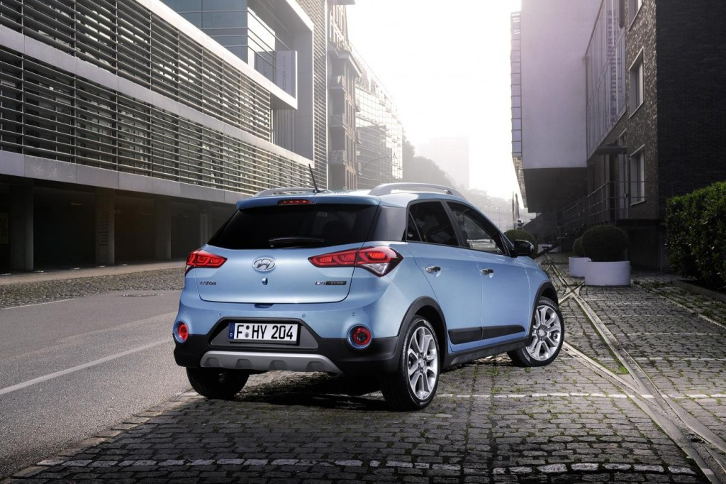 New Hyundai i20 Active for Europe(2)