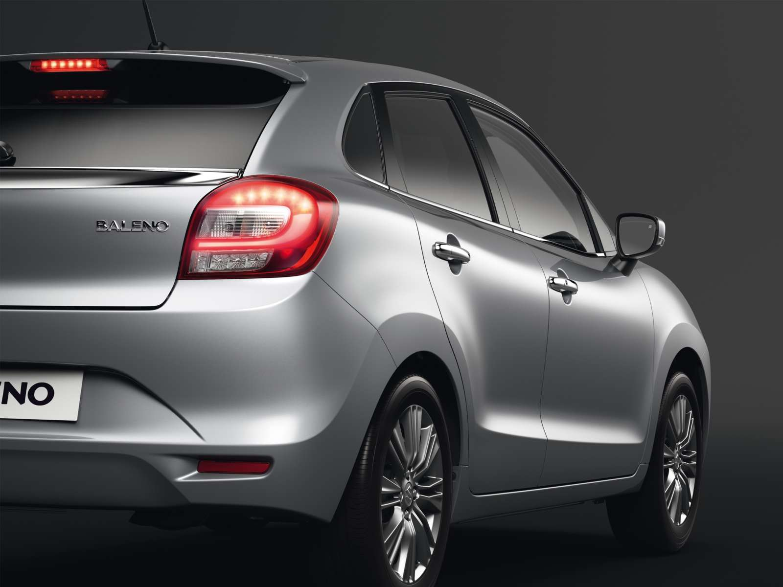 Frankfurt Motor Show 2015 : New Suzuki Baleno revealed