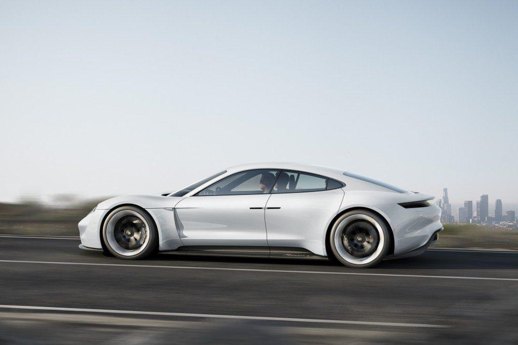 Porsche Mission E Concept (7)