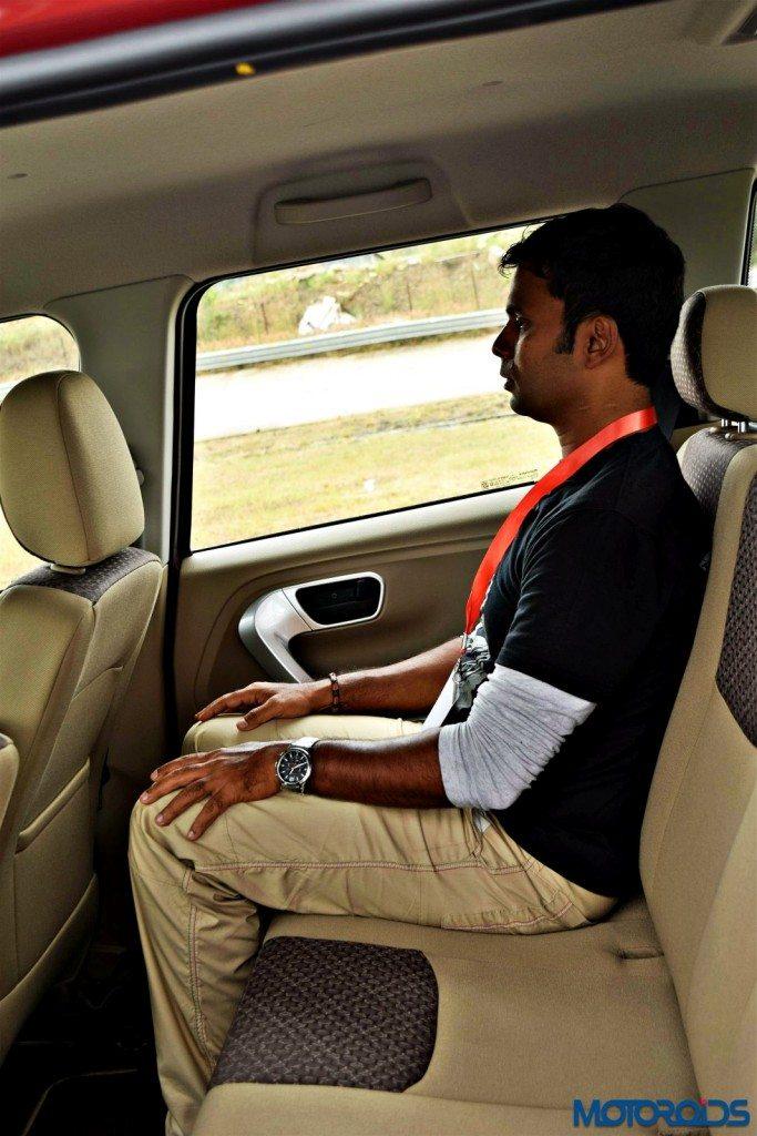 mahindra TUV 300 seats (2)