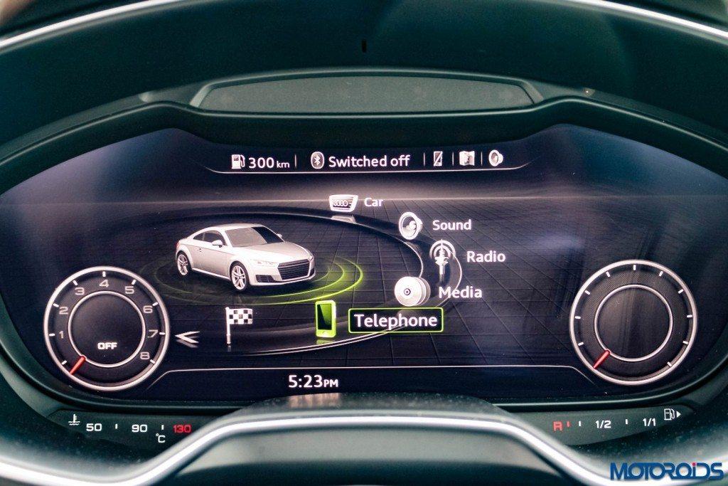 new 2015 Audi TT 2.0 tfsi instrument console (1)