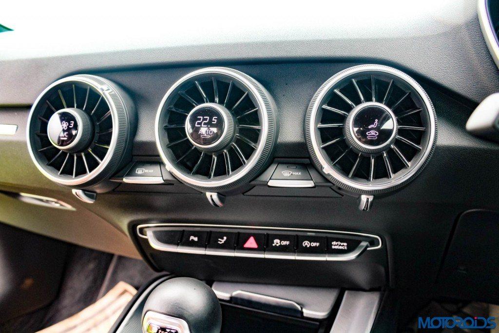 new 2015 Audi TT ac vents (1)