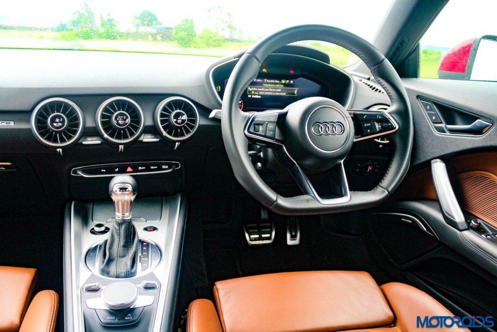 new 2015 Audi TT dashboard (2)