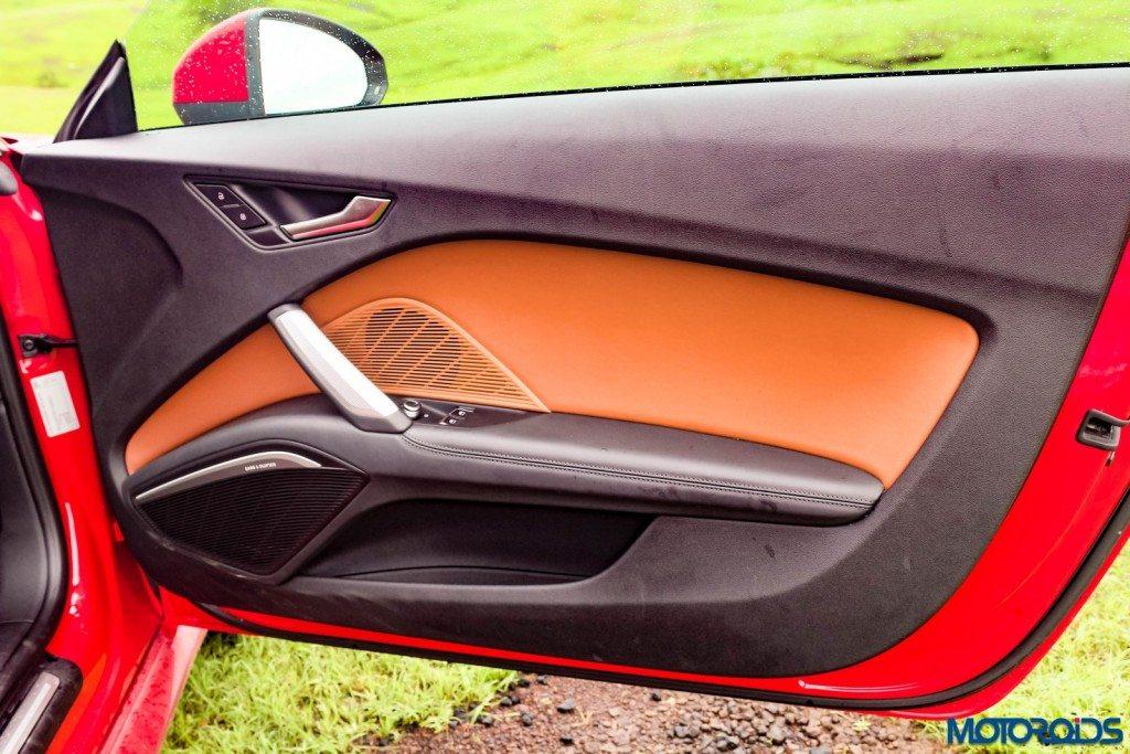 new 2015 Audi TT interior details (2)