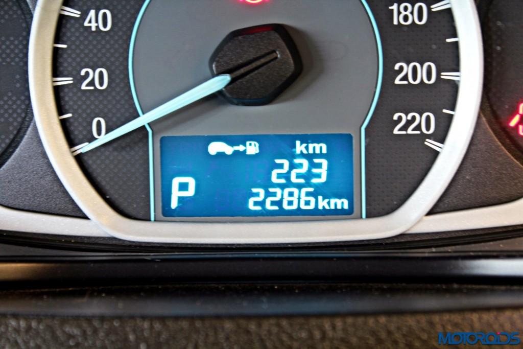 new 2015 Ford Figo MFD MID (4)