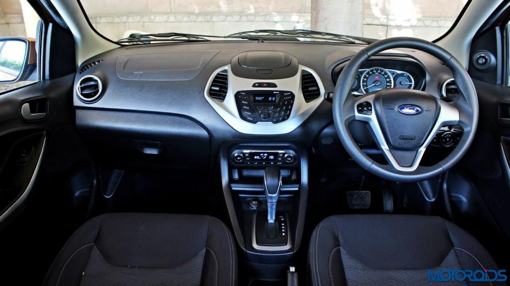 new 2015 Ford Figo automatic dashboard (2)