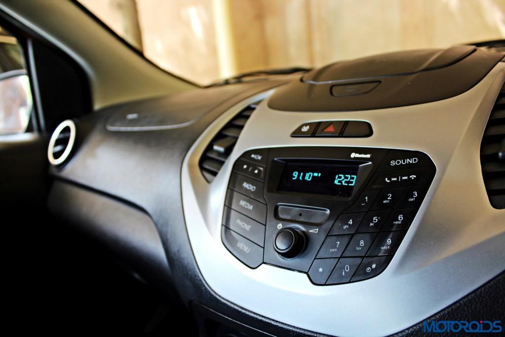 new 2015 Ford Figo centre console
