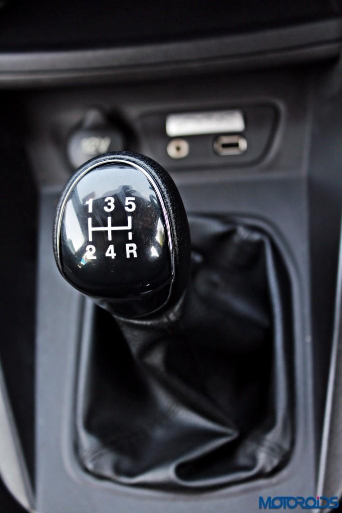 new 2015 Ford Figo diesel gear shifter
