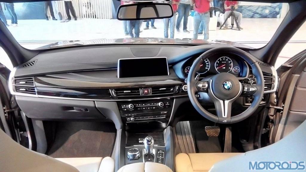2015 BMW X5 M Interior (8)