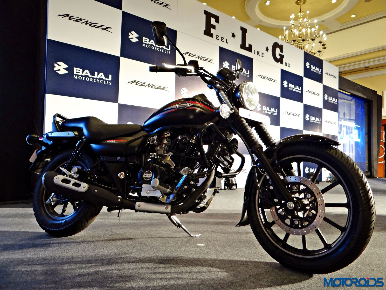 New Bajaj Avenger 220 Street And 150 Street Official Release Image Gallery And All You Need To Know Motoroids