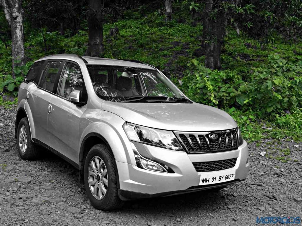 2015 Mahindra XUV500 (1)