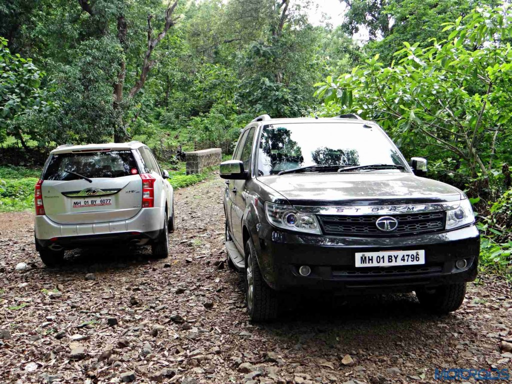 2015 Mahindra XUV500 vs 2015 Tata Safari (3)