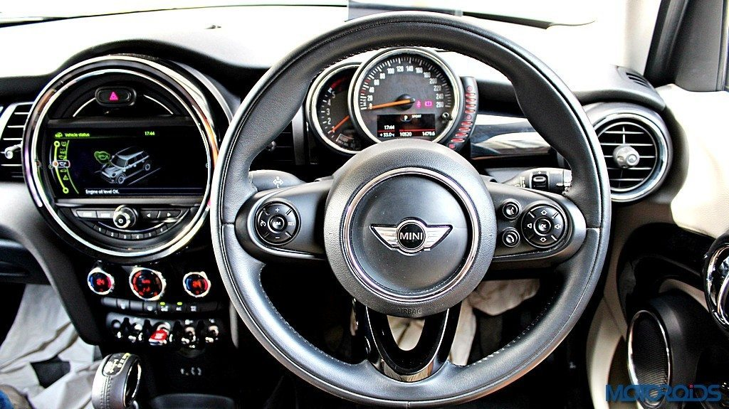 2015 Mini Cooper D 5-door Steering Wheel (1)