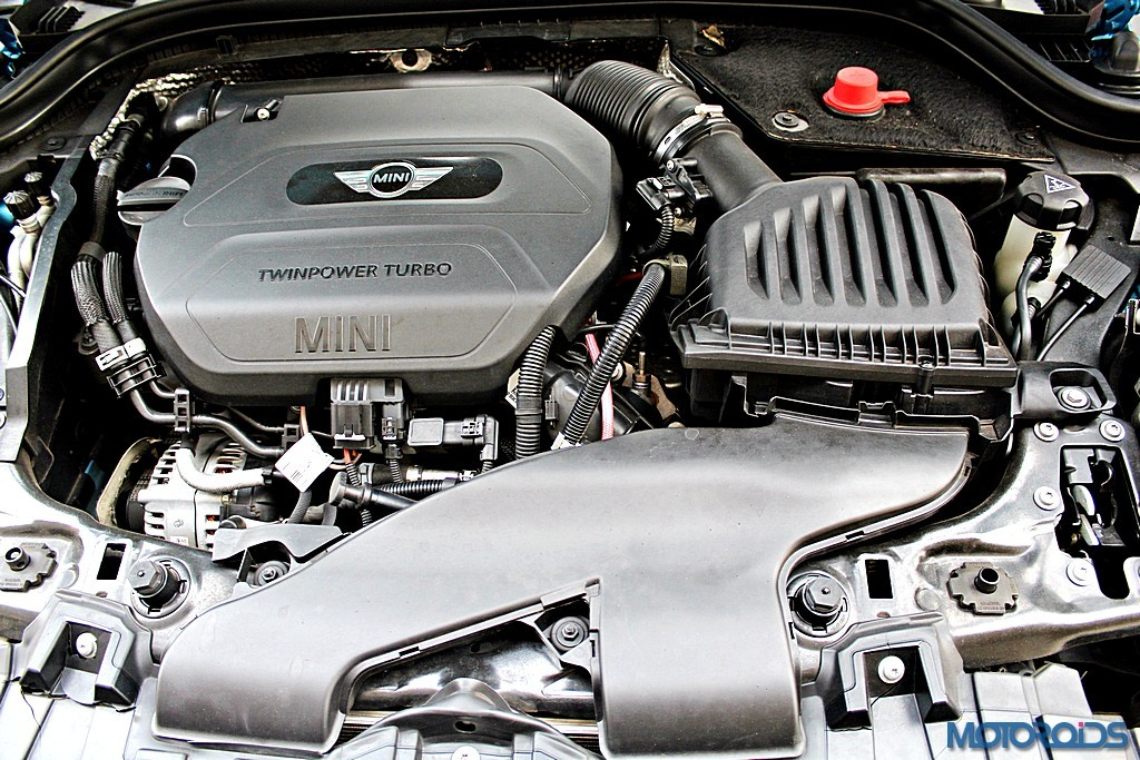 2015 Mini Cooper D 5-door engine