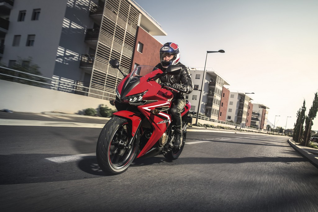 2016 Honda CBR500R (3)