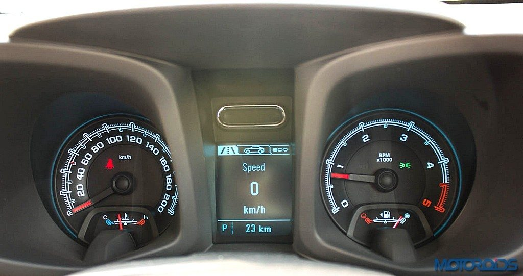 Chevrolet Trailblazer Instrument Cluster (2)
