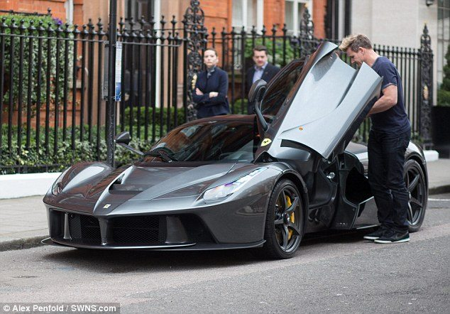 Gordon Ramsay LaFerrari (3)