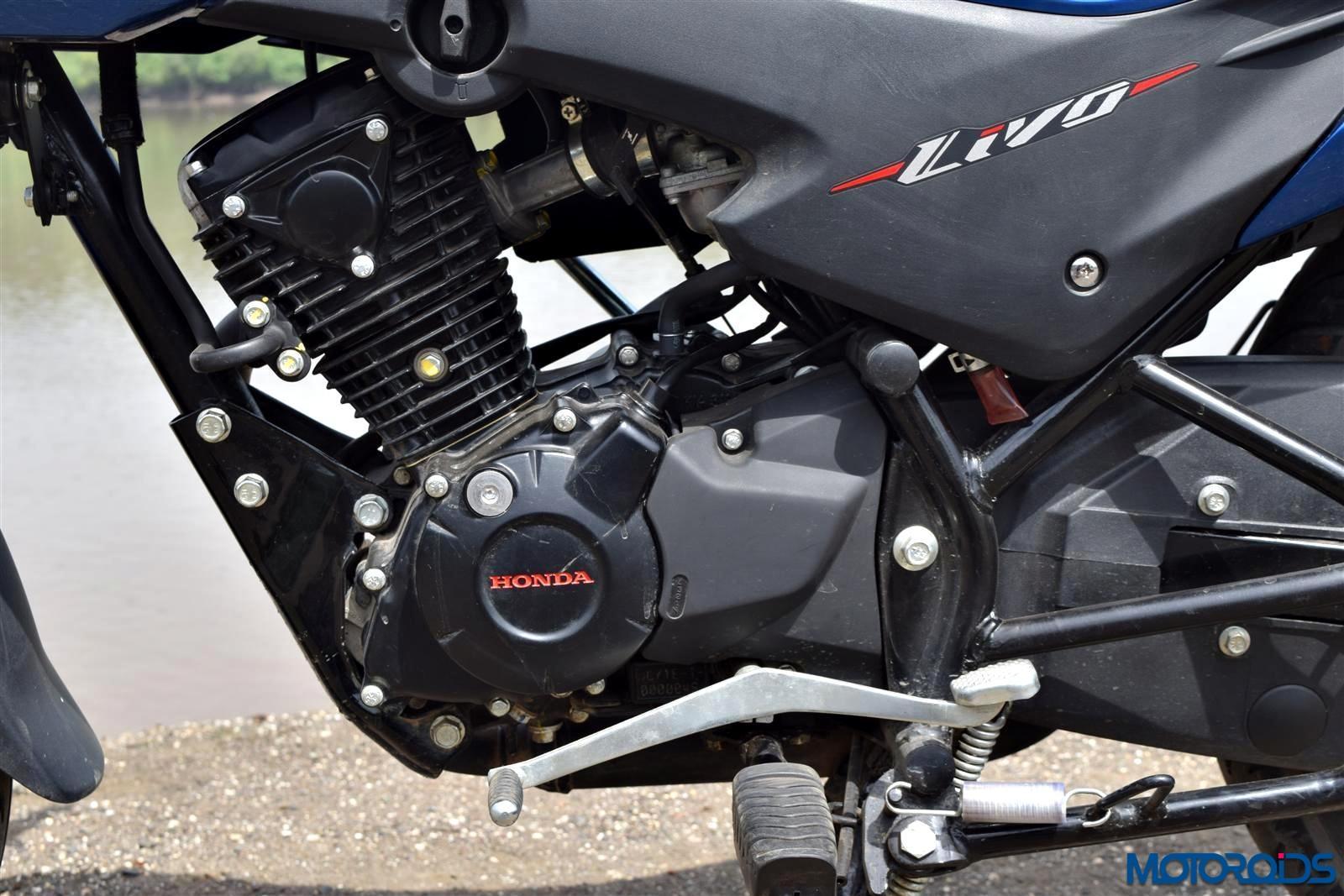 Honda Livo engine & gearbox (26)