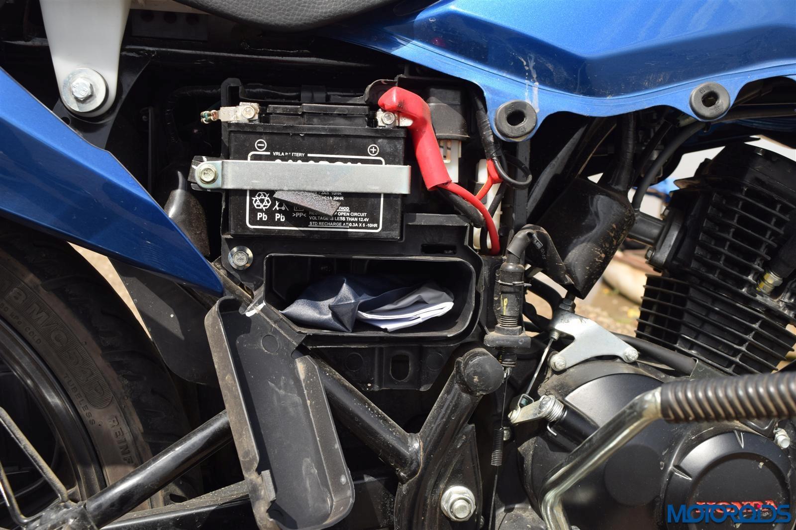 Honda Livo storage (15)