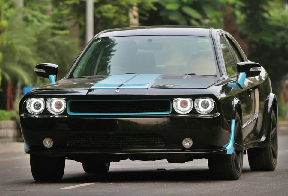 JS Design Ford Mondeo to Dodge Challenger conversion (15)