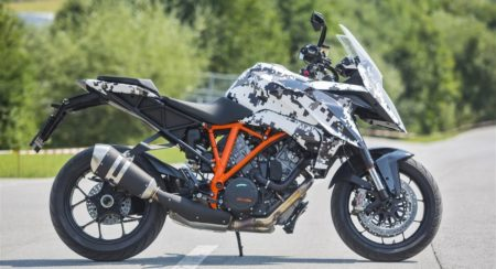 KTM 1290 Super Duke GT official pics