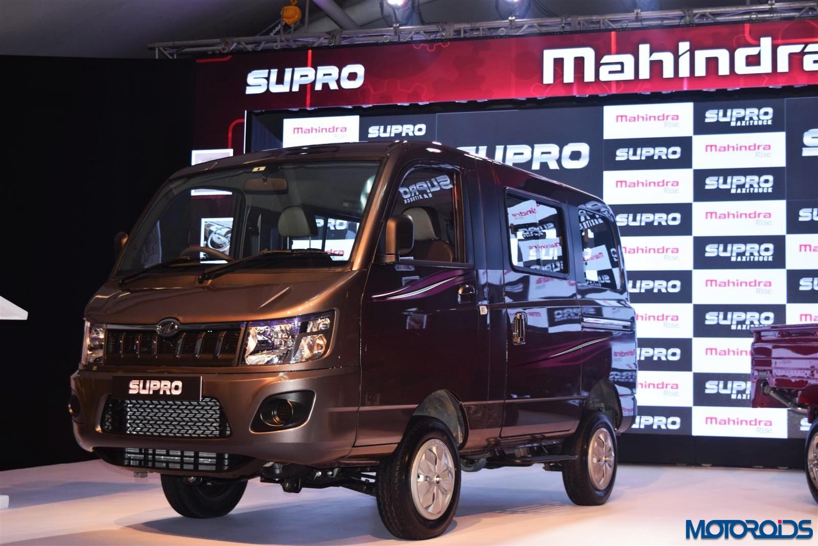 mahindra new car releaseMahindra launches Supro van and Minitruck for Rs 438  425 lakh